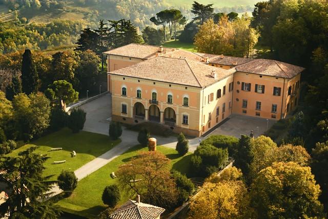 Bologna Business School